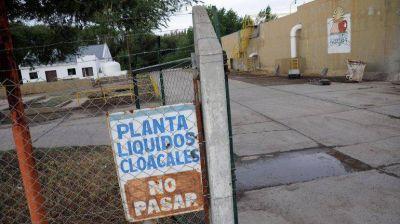 Peressini se cruzó con Provincia por la planta cloacal