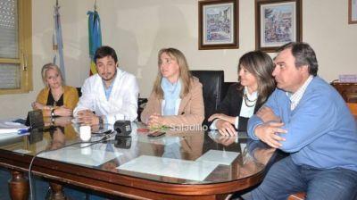 Gladys González visitó Saladillo: Hoy lo más importante es que Santiago aparezca y es donde debemos poner la atención