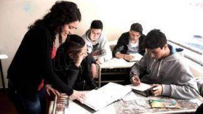 El gobierno provincial y los gremios esperan la convocatoria de la Nación para recuperar contenidos pedagógicos