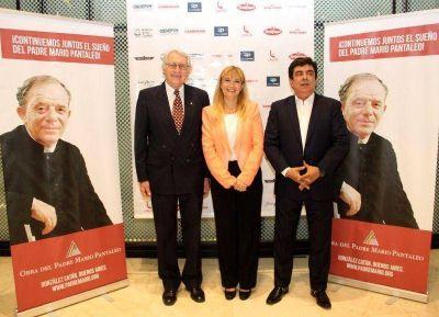 Verónica Magario, intendenta de La Matanza, participó de la cena anual de la Obra del Padre Mario