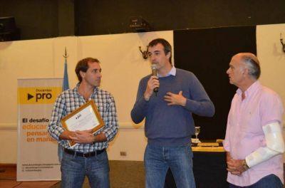 Cambiemos quiere llegar a 40 y busca votos en La Plata, aunque lo más callado posible