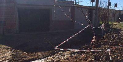 Vecinos piden soluciones definitivas a los problemas de las cloacas