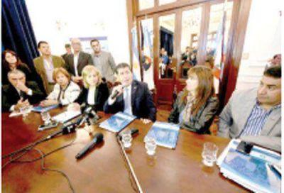 Casas garantizó atención de PAMI en hospitales públicos