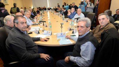 La CGT pulió sus asperezas internas y levanta la confrontación con Macri