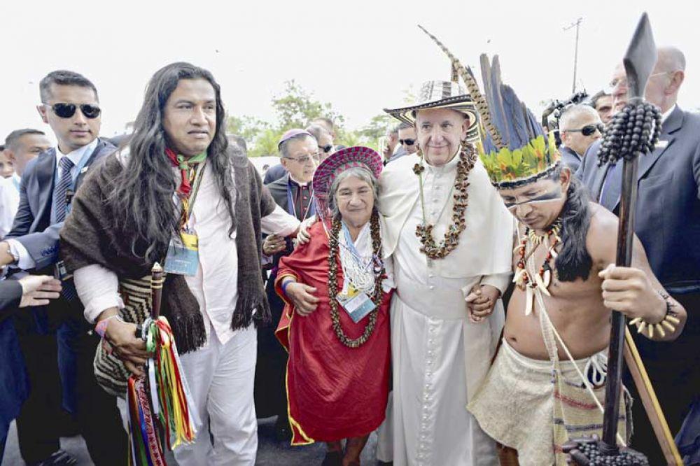 Colombia: una gira papal con los acuerdos de paz como único fondo