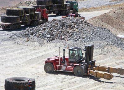 Minería quiere que mientras se retire la escombrera haya remediación