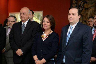 """Presentación del libro """"Memoria Viva"""": la embajada de Chile y la DAIA construyendo contra el olvido de la Shoá"""