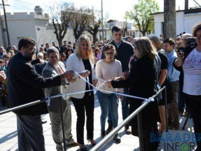 La intendente inauguró el Centro Universitario Baradero con la presencia de Esteban Bullrich