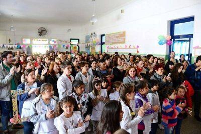 San Fernando estuvo presente en el Aniversario N° 130 de la Escuela N° 8