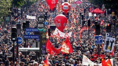 Primera pulseada de Macron con los sindicatos por la reforma laboral
