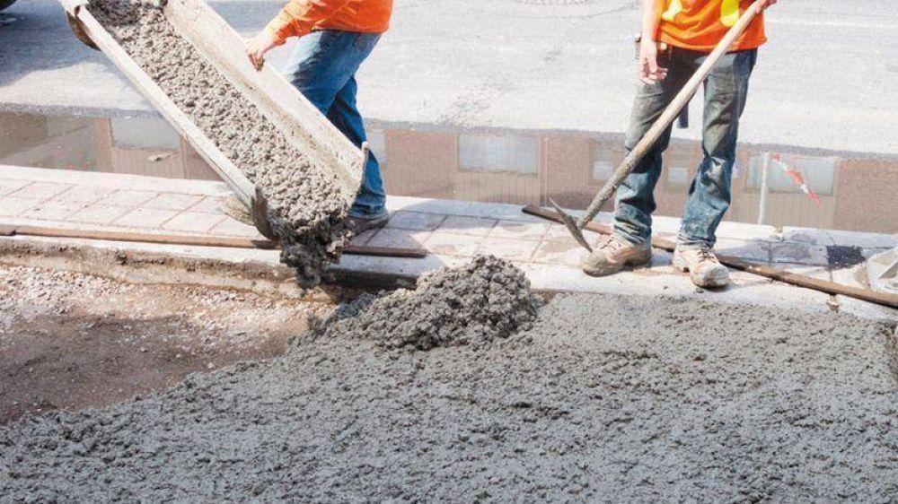 Dietrich negó un ajuste de gasto y celebró nuevo récord de consumo de asfalto vial