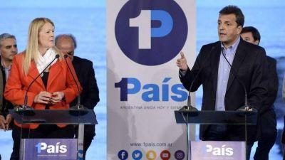 Junto a Margarita y con el foco en el PJ, Massa camina el Conurbano para relanzar su campaña
