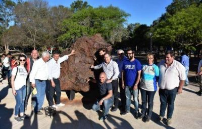 Peppo apuntó al turismo en la Fiesta Nacional del Meteorito