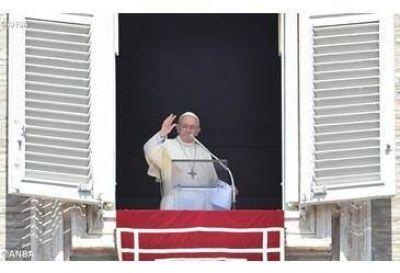 Ángelus del Papa: conscientes de la gratuidad del perdón que recibimos de Dios, seamos misericordiosos como Él
