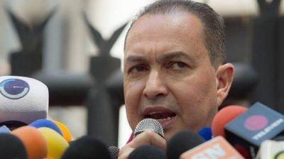 Opositores venezolanos crearon