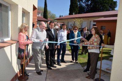 El gobernador encabezó inauguración en el Hospital de General Acha