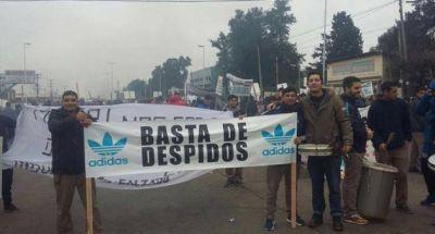 Echaron a 112 trabajadores de una firma de calzado y hay temor por la potencial baja otros 300