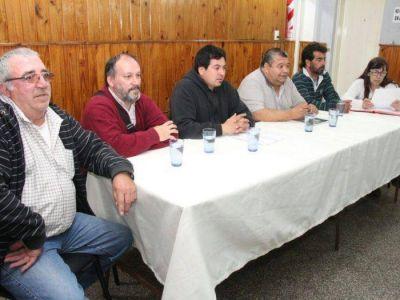 """Sin acuerdo salarial, Municipales retienen tareas: """"se puede agravar y llegar al paro"""""""