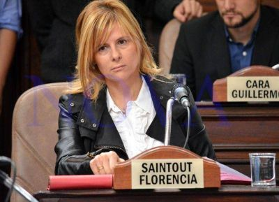 Otro papelón de Saintout, concejal platense: ahora tildó de
