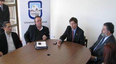 Diputados repudió la suspensión de las elecciones en la UNViMe
