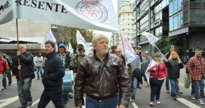 """""""Vienen por la flexibilización laboral y por los jubilados"""""""