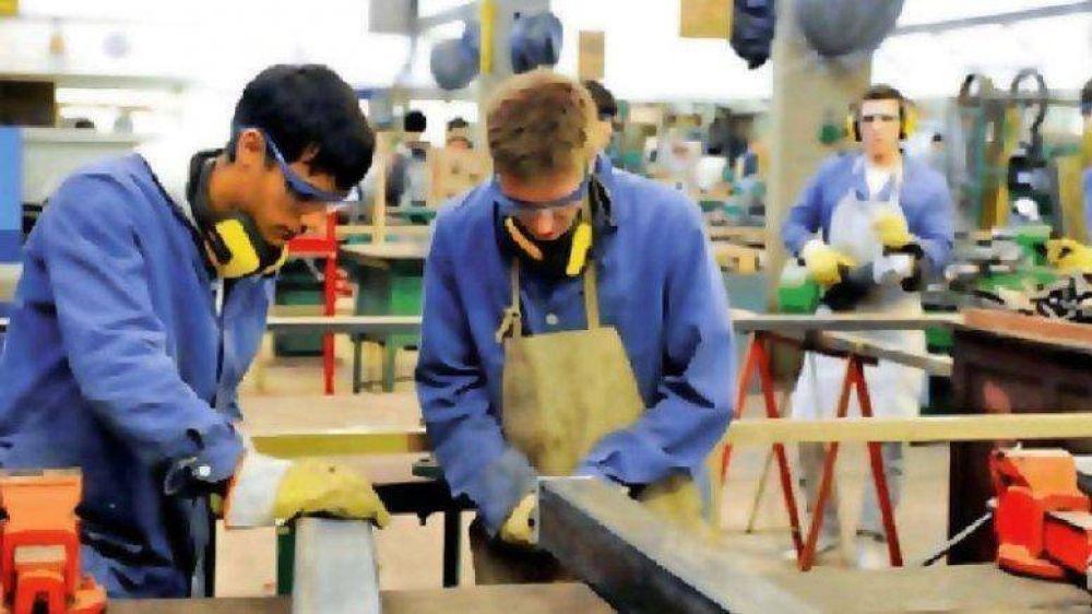 UNTER trabaja para lograr la estabilidad docente en escuelas técnicas