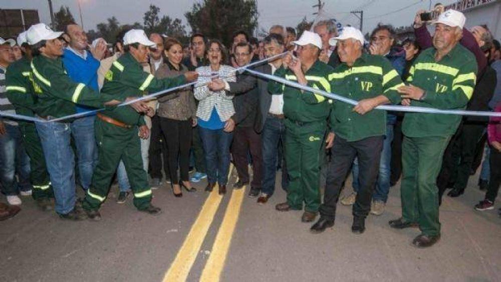 Corpacci inauguró la pavimentación de la avenida principal de Fiambalá