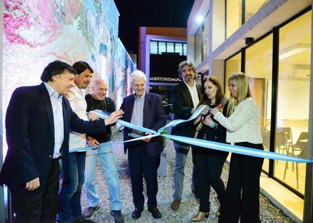 Andreotti celebró los 10 años del CUM con espectáculos y un nuevo mural