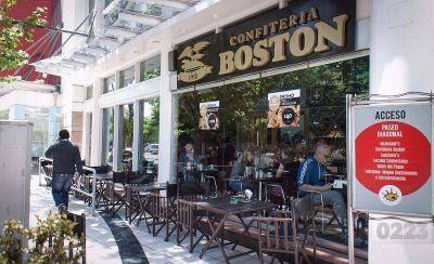 Boston: pagaron los sueldos a los trabajadores pero no la obra social
