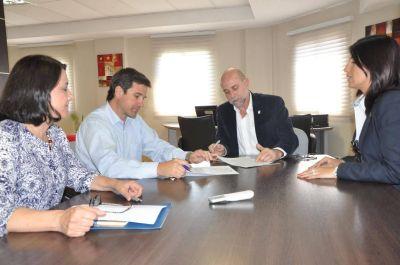 La UNCA y OSDE firmaron un acta acuerdo