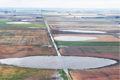 Más guerra: el manejo de al agua vuelve a enfrentar a los intendentes