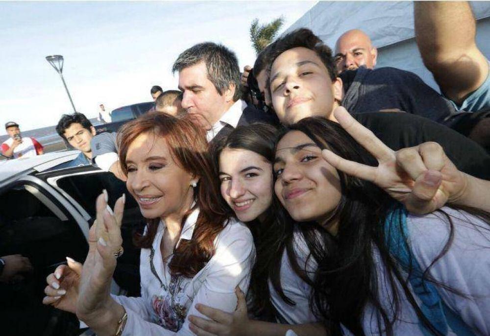 Cristina respaldó las tomas de colegios:
