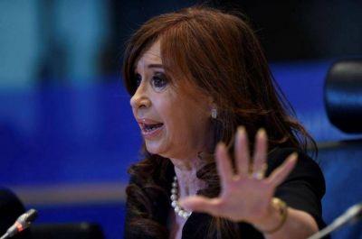 CFK desoye el pedido del interior y manda al resto de los candidatos a patear los pagos chicos