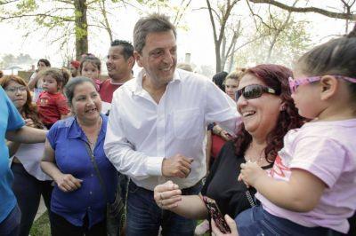 Massa busca el voto peronista y va de campaña a La Matanza