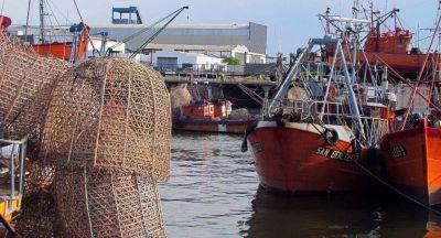 Incertidumbre en armadores costeros por la liberación de combustibles