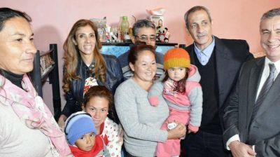 Durante su visita al Lote 5, Claudia de Zamora inauguró 26 viviendas