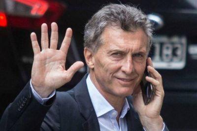 Inquietante denuncia de Cristina: el Gobierno planea un espionaje masivo a través de los celulares