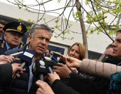 Cornejo concursará 42 cargos para ingresar al Estado