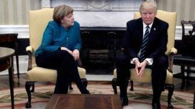 Trump felicita a Merkel por su victoria y hablan de Irán y Corea del Norte