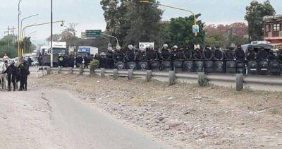 Violenta represión a los trabajadores del Ingenio Ledesma