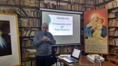 Mons. Lozano habló de los desafíos sociales en el trabajo pastoral