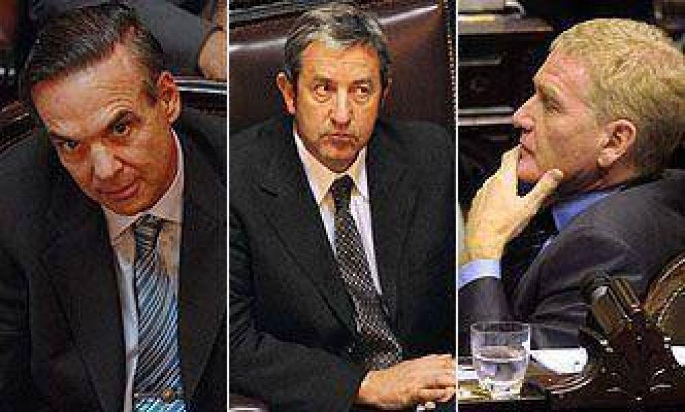 """El llamado al """"consenso nacional"""" de Cobos recibió críticas y respaldos"""