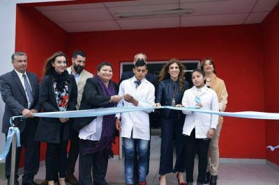 La Gobernadora inauguró refacción y ampliación de la Escuela Nº 483 y el nuevo edificio del Jardín de Infantes