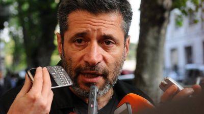 Víctor Santa María dice que no tiene 4 millones de dólares en Suiza:
