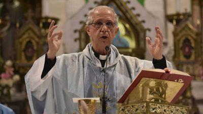 """El arzobispo Poli pidió """"renunciar a la violencia"""" y """"alcanzar la unidad"""""""
