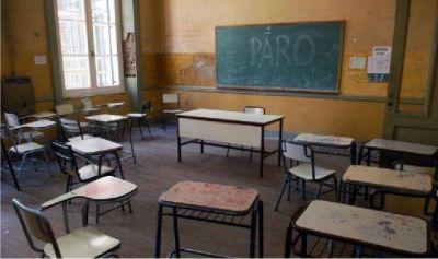 Los sindicatos educativos paran por reclamos salariales