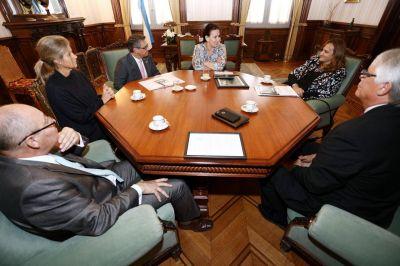 """La vicepresidente de la Nación elogió el trabajo de la """"Organización No Más Violencia"""""""