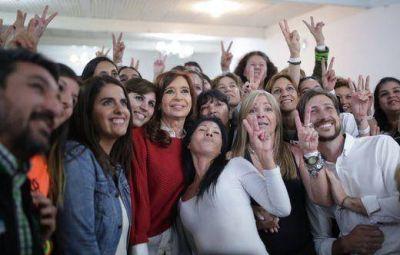 """Cristina Fernández de Kirchner: """"Los amigos de Macri se han apoderado del Estado"""""""
