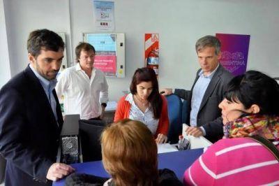 Basavilbaso recorrió oficinas de ANSES en Rosario