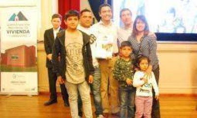 10 mil riojanos esperan cumplir el sueño de la casa propia